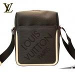 LV M93040啡-啡色帆布休閑斜背包
