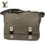 LV M93078白-大方格LOUP雙扣斜背包