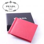 PRADA-  2M1077-2  女款壓紋牛皮卡片夾