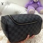 LV N47625 新款休閒黑色棋盤格男士必備多功能通用包手拿包