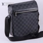 LV N51214 時尚新款男士必备黑色棋盤格商務單肩包