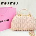 MiuMiu0058-4時尚休閒褶皺淺粉羊皮女包手提包