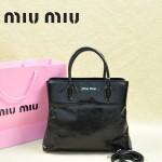 MIUMIU 0967-5 新款休閑黑色進口平紋油蠟牛皮斜跨單肩女包