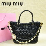 MIU MIU 0896-11 繆繆新款女士進口油臘香皮黑色手提包 單肩包