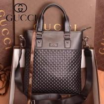 GUCCI 353125-3 潮流時尚歐美新款男士壓花手提斜跨包