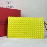 VALENTINO 015-3 奢華典雅女士熒光黃色全皮滿天星鉚釘手拿包晚宴包