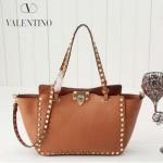 VALENTINO 022-4 新款女士土黃色原版皮荔枝紋鉚釘包手提單肩包