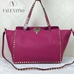 VALENTINO 05-8 時尚新款女士玫紅色大號橫款鉚釘包購物袋