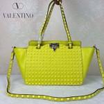 VALENTINO 023-4 潮流經典款熒光黃色原版皮滿天星鉚釘小號手提單肩包