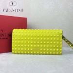 VALENTINO 019-3 前衛流行之選熒光黃全皮滿天星鉚釘窄款手拿包
