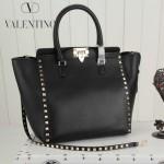 VALENTINO 1912-4 新款女士黑色原版皮大號豎款鉚釘包
