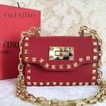 VALENTINO 012-2 個性朋克風紅色原版皮鉚釘鏈條單肩包手拿包