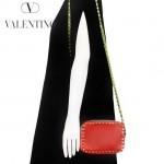 VALENTINO 1927-5 時尚潮流休閒罌粟紅原版皮鉚釘方塊包單肩小包