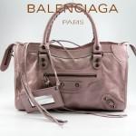 BALENCIAGA 085332-21-淺粉進口油皮卡古銅小釘 巴黎世家女士手提包 時尚單肩包