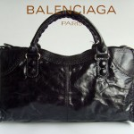 BALENCIAGA 084828-黑色 皮釘 巴黎世家女士手提包 時尚單肩包