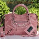 BALENCIAGA 300298-6 簡約復古新款女士粉紅色進口油臘皮機車包