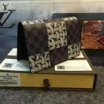 LV N60181 專櫃走秀款男士黑色棋盤格配麻繩塗鴉護照本