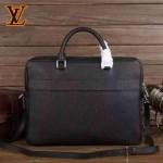 LV-M32952-01    Porte-Documents Business 黑色Taiga皮革公文包