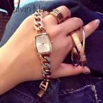 CK-04-2 歐美時尚百搭女士閃亮銀白底手鏈款石英腕錶