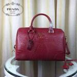 PRADA-001-3 人氣熱銷單品紅色鱷魚紋手提單肩包枕頭包