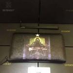 GIVENCHY-006-6 時尚商務新款聖母圖案十字紋大容量手拿包錢包