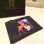 GIVENCHY-008-5 歐美百搭元素小鹿斑比圖案十字紋男女款手拿包