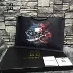 GIVENCHY-008-19 歐美百搭元素海盜骷髏圖案十字紋男女款手拿包