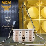 MCM-044 人氣熱銷MCM帶釘斜挎肩背晚宴包
