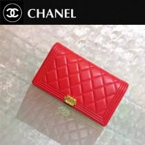 CHANEL 0195 人氣熱銷新款LEBOY系列紅色原版皮金扣兩折錢包