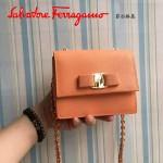 Ferragamo 21E479-5 歐美百搭新款橙色原版皮小號單肩斜挎包