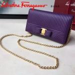 Ferragamo 22C408-3 獨家定制新款紫色原版水波紋翻蓋單肩斜挎包晚宴包
