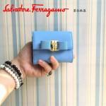 Ferragamo KB-22A926-2 名媛必備新款天藍色原版皮短款兩折錢包