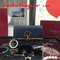 Ferragamo 22C110 時尚最新款法式丹寧系列原版麂皮制作多功能短款零錢包