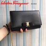 Ferragamo 22B558-3 專櫃最新款女士黑色原版皮單肩斜挎包晚宴包