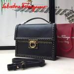 Ferragamo 21F329-2 專櫃最新款波西米亞風格黑色原版皮大號手提單肩包