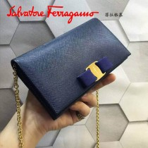 Ferragamo 22B875 時尚潮流新款寶藍色原版皮單肩斜挎包晚宴包