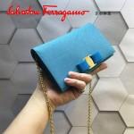 Ferragamo 22B875-4 時尚潮流新款天藍色原版皮單肩斜挎包晚宴包