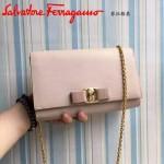 Ferragamo 22B558-8 專櫃最新款女士裸粉色原版皮單肩斜挎包晚宴包