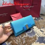 Ferragamo 22B559-4 時尚新款女士天藍色原版皮搭扣法式長款錢包