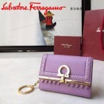 Ferragamo 22C350-3 最新波西米亞風格粉紫色原版皮配小鉚釘裝飾短款零錢包鑰匙包