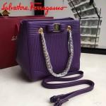 Ferragamo 21F496-2 專櫃同步獨家定制紫色原版水波紋手提單肩包