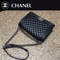 CHANEL A67086-48 時尚經典款LEBOY黑色原版魚子醬皮銀扣單肩斜挎包