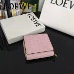 LOEWE 01 時尚新款輕便小巧粉色壓花原版皮短款錢包