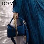 Loewe-050-013 專櫃時尚新款loewe puzzle系列原版小牛皮手提斜挎包