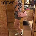 Loewe-050-04 專櫃時尚新款loewe puzzle系列原版小牛皮手提斜挎包