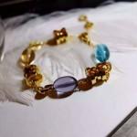 Bvlgari飾品-010  新款ZERO1電鍍18k黃金玫瑰金材質鑲嵌寶石吊墜手鏈