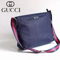 Gucci 311027 人氣熱銷潮流時尚款藍色布壓花休閑挎包