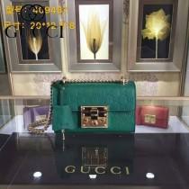 Gucci 409487-07 人氣熱銷潮流時尚款padlock系列全皮壓花大瑣扣小號鏈條包