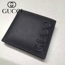 GUCCI 428767 潮流男士新款浮雕logo黑色全皮短款兩折錢包