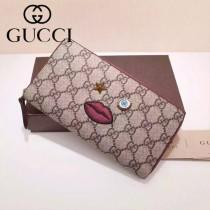Gucci 481892 歐美時尚新款Gucci嘴巴系列PVC配紅色牛皮長夾